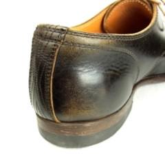 靴のかかとの色落ち