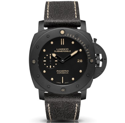 ケースにセラミックを使った腕時計