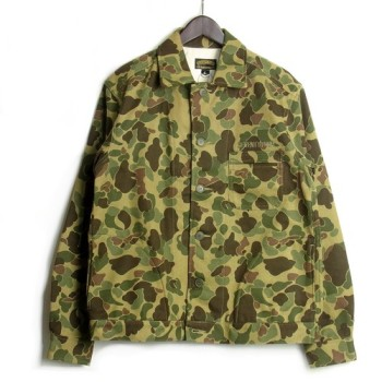 迷彩のジャケット