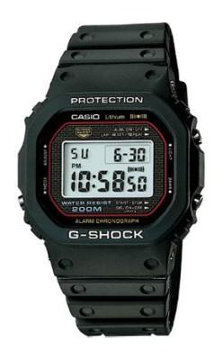ウレタン・ラバーを使った腕時計