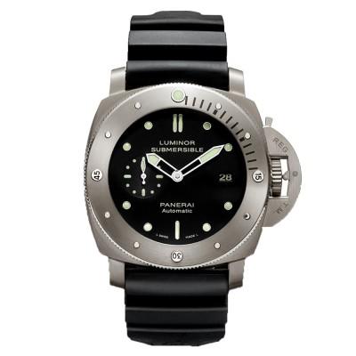 ケースにチタンを使った腕時計