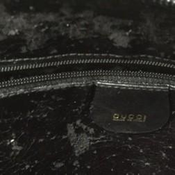 内側にベタつきがあるバッグの画像